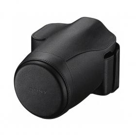 LCS-ELCA Soft Carrying Case (эксклюзивный чехол в ретро-стиле, черного цвета, для фотокамер Sony Alpha ILCE-7/7R с объективом SEL-2870)