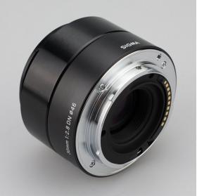 Объектив Sigma AF 30mm F2.8 DN MFT-2