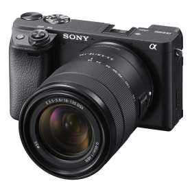 Sony Alpha ILCE-6400MB Zoom Lens Kit E 18-135mm F3.5-5.6 OSS (black)